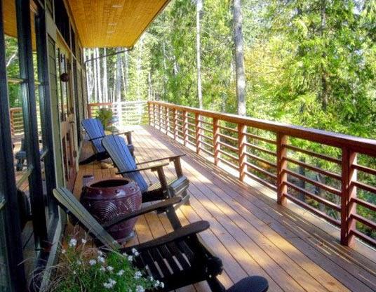 desain balkon villa