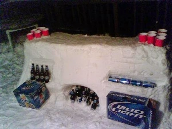 When in frozen land, play frozen beer pong. - The 30 Most Amazing Photos Of Frozen Things In Honor Of The Coldest Morning Of The 21st Century