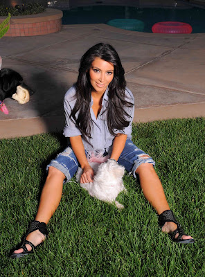 Kim_Kardashian_08