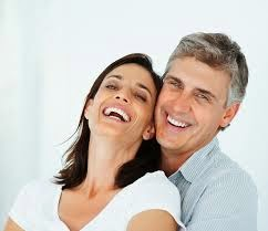 What makes a healthy love relationship?