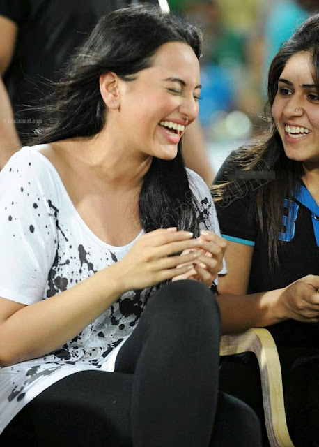Sonakshi Sinha at CCL T20 Finals images Gallery