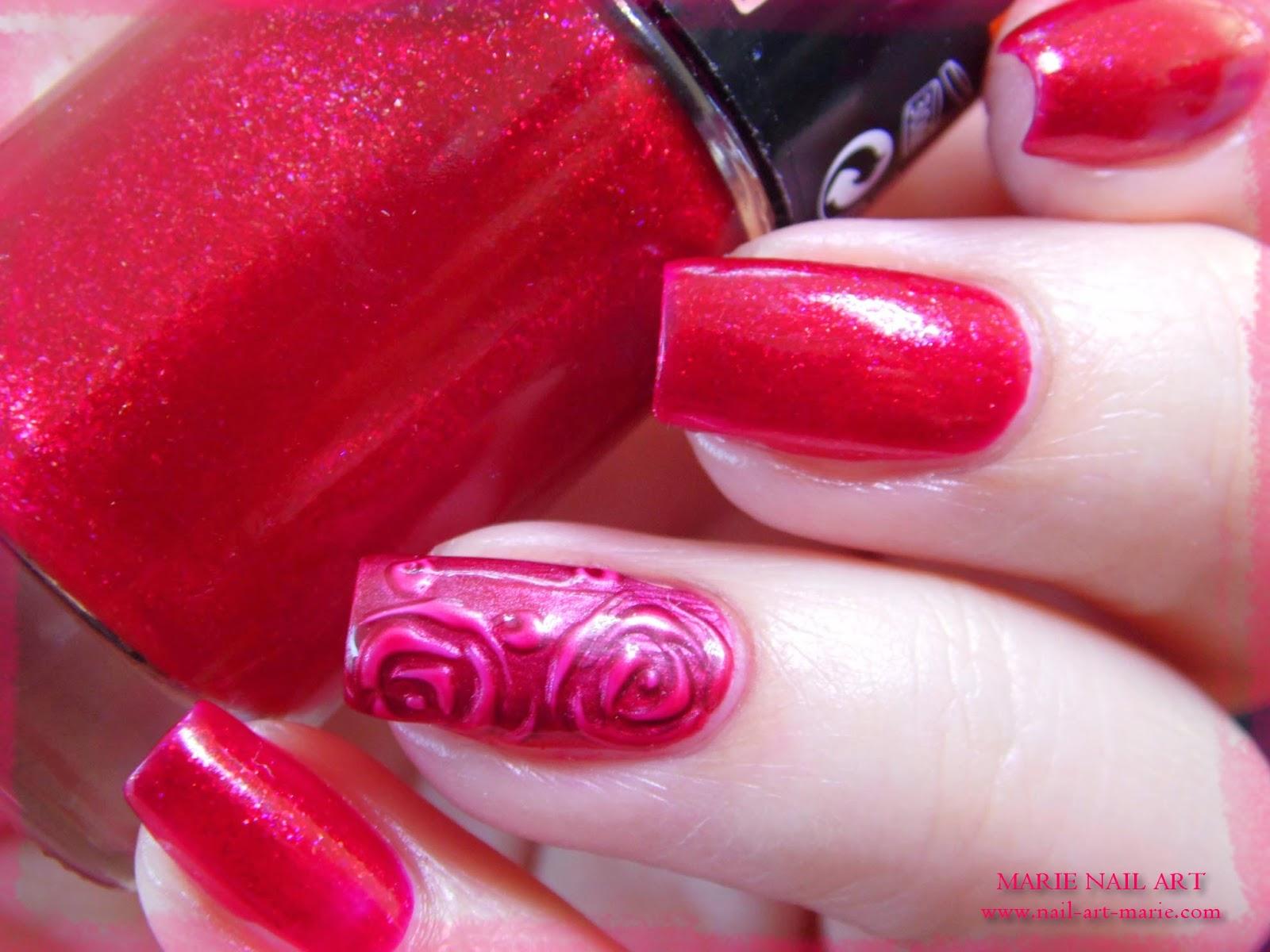 nail art roses métallisées en 3D8