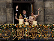 Reader Wil. Three little daughters of the new King and Queen of the . (king willem alexander queen maxima and their daughters )
