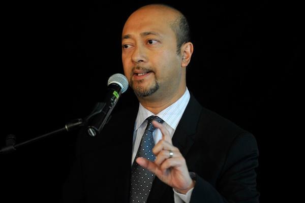 Mukhriz Gesa 14 Ketua Umno Bahagian Mohon Maaf Kepada Sultan!