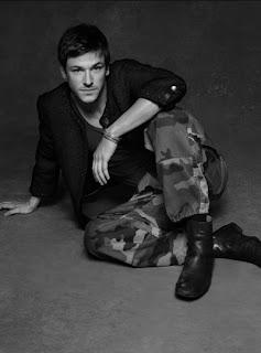 Chanel luxe expo veste noire créations fait mains