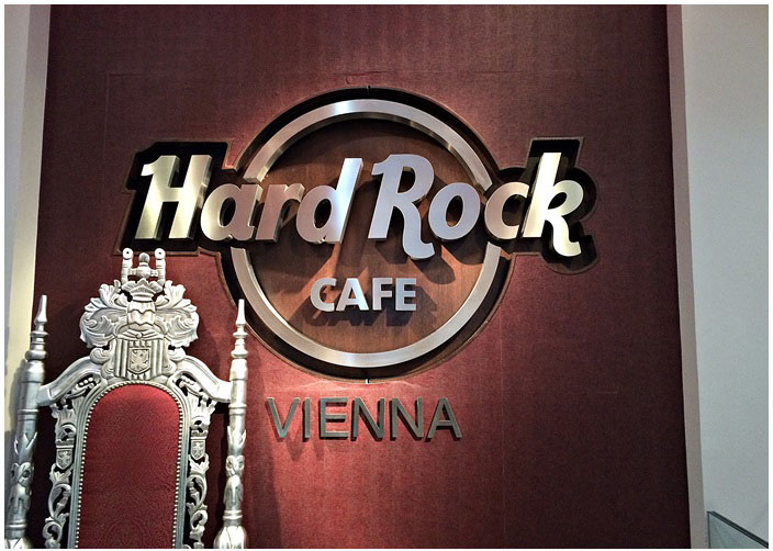 Hard Rock Cafe Vienna T Shirts