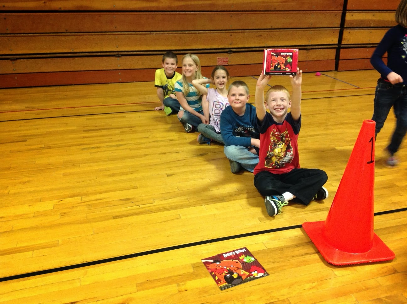carly s pe games star wars throwing game and relay races