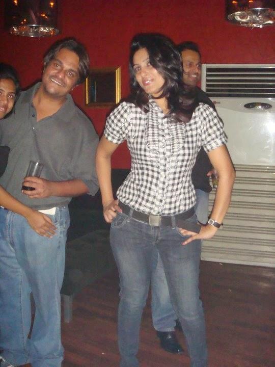 Susan Zareena jeans