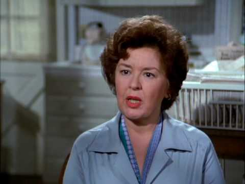 Sada Thompson, American actress (Family), died from lung disease he ...