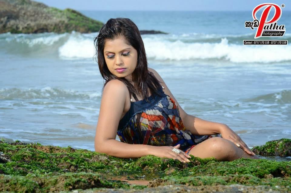 Tharu Arabewaththa wet beach