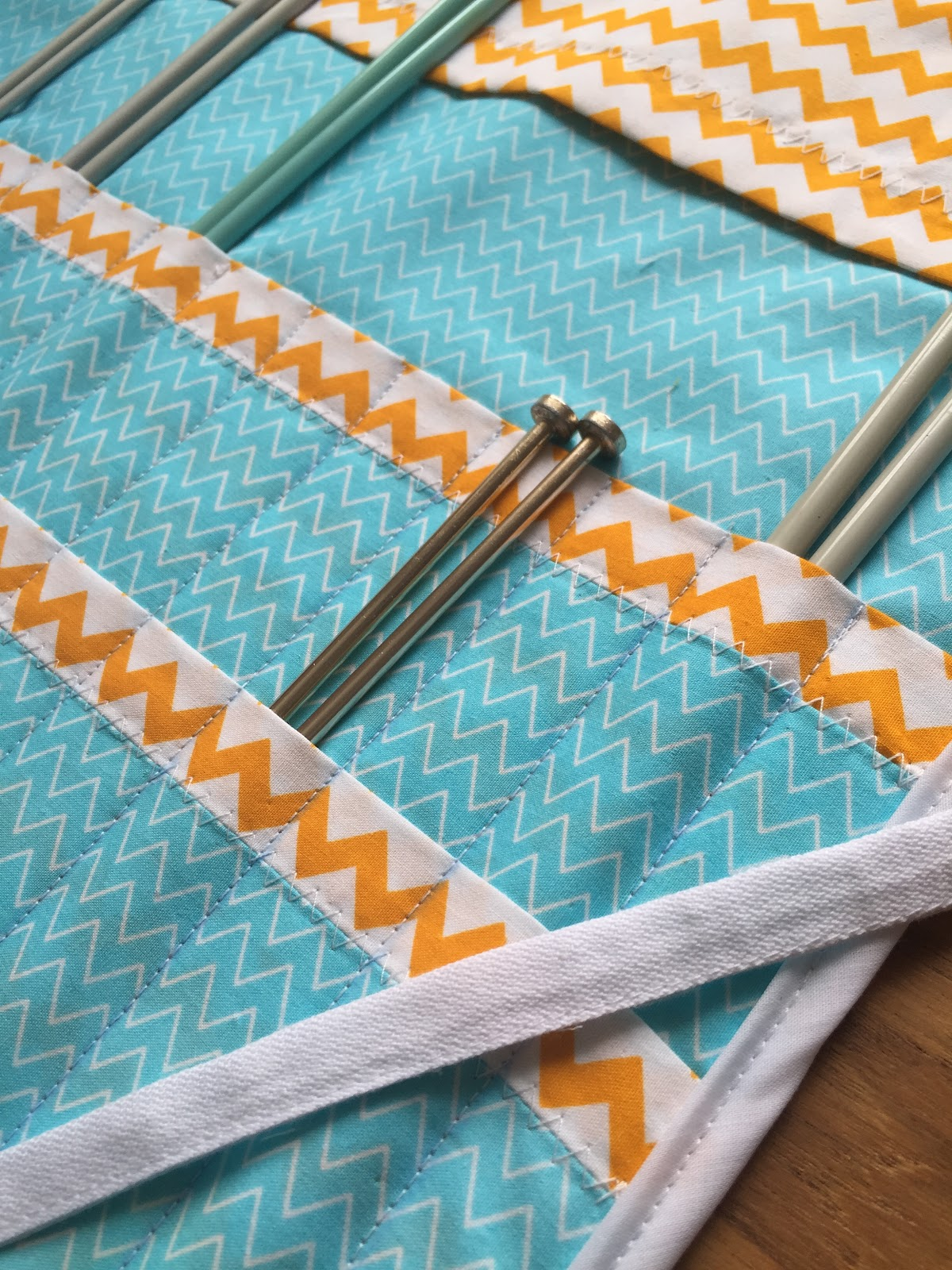 Knitting Needle Case Sewing Pattern : Storing your knitting needles