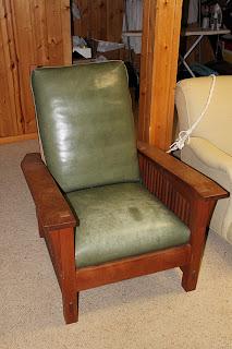 R Family Furniture Sale Stickley Morris Chair