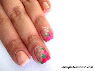 Nail art: Soft Roses