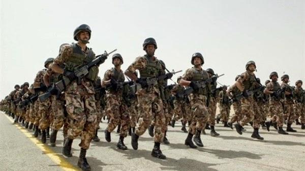 الجيش المصري ينشر 2000 جندي من سلاح المظلات في ميناء مدينه المخا اليمنية
