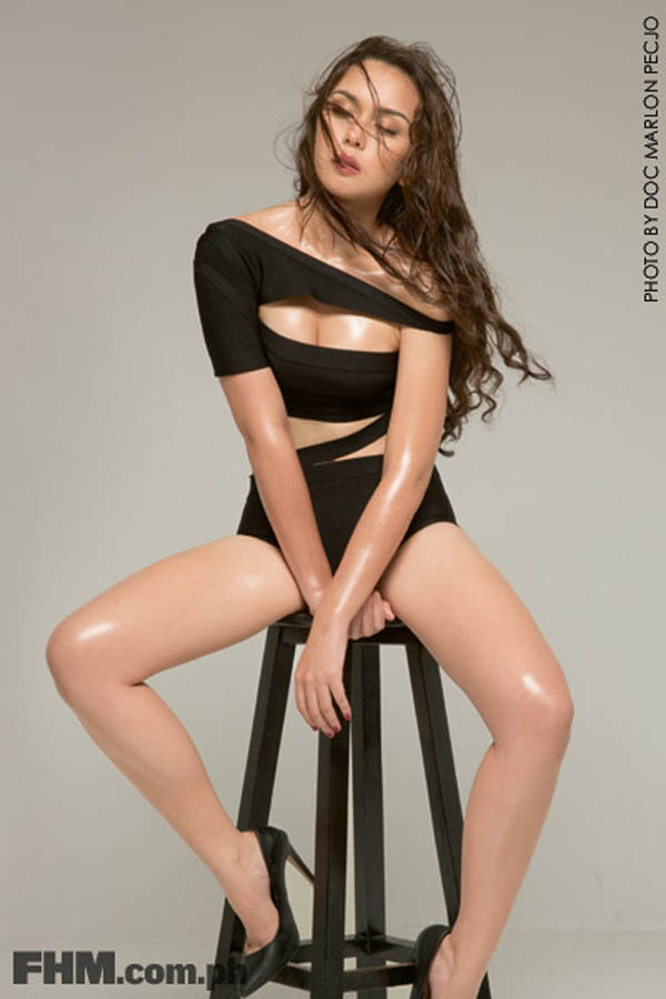 beauty gonzales sexy fhm naked photos 01