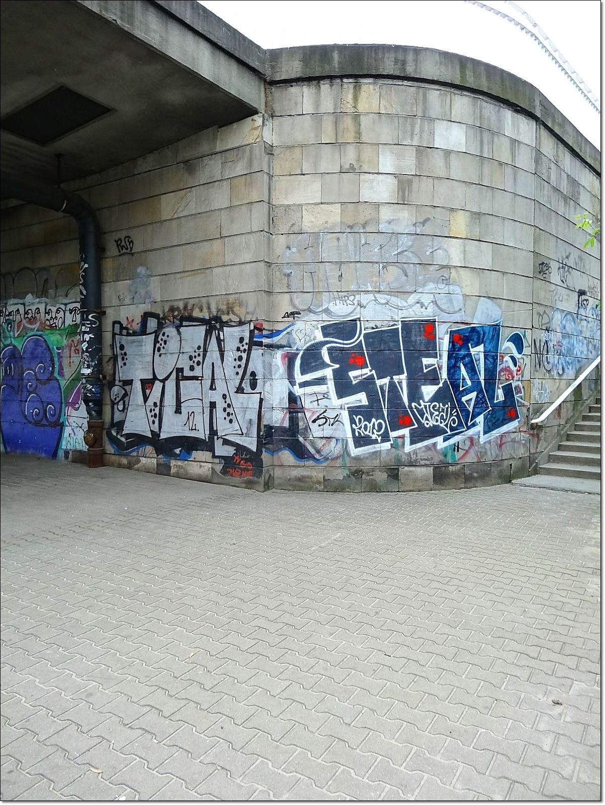 Graffiti tramwajowego mostu Gdańskiego