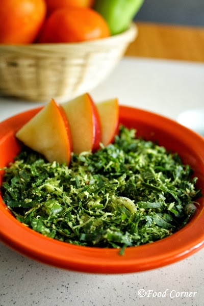 Kathurumurunga Kola Mallum/Agati Leaves in Grated Coconut