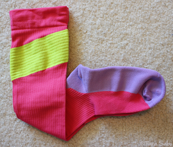 pink compression socks, pink, pink socks, compression, fitgear