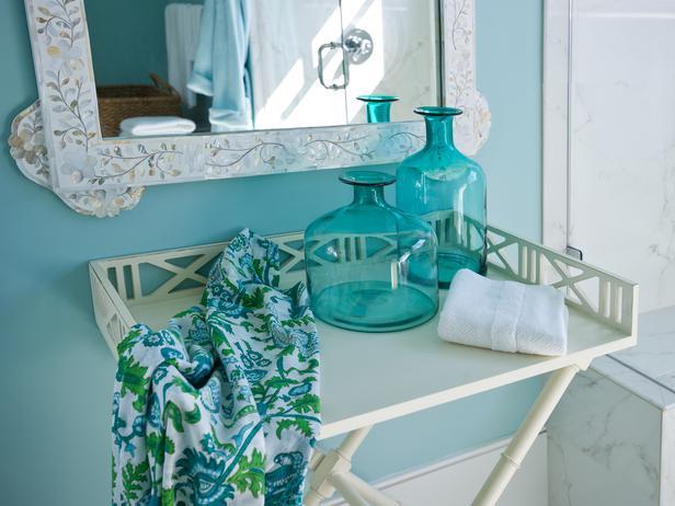 Modern Furniture: Twin Bathroom Pictures : HGTV Dream Home 2013