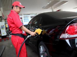 Daftar Lengkap Mobil Yang Boleh Memakai BBM Premium Terbaru