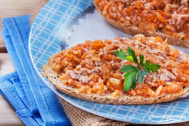 Domowy paprykarz, pasta z makreli i ryżu, makrela z ryżem i warzywami, pasta rybna, makrela, ryż, pasta rybna, pasta warzywna, warzywa, kraina miodem płynąca