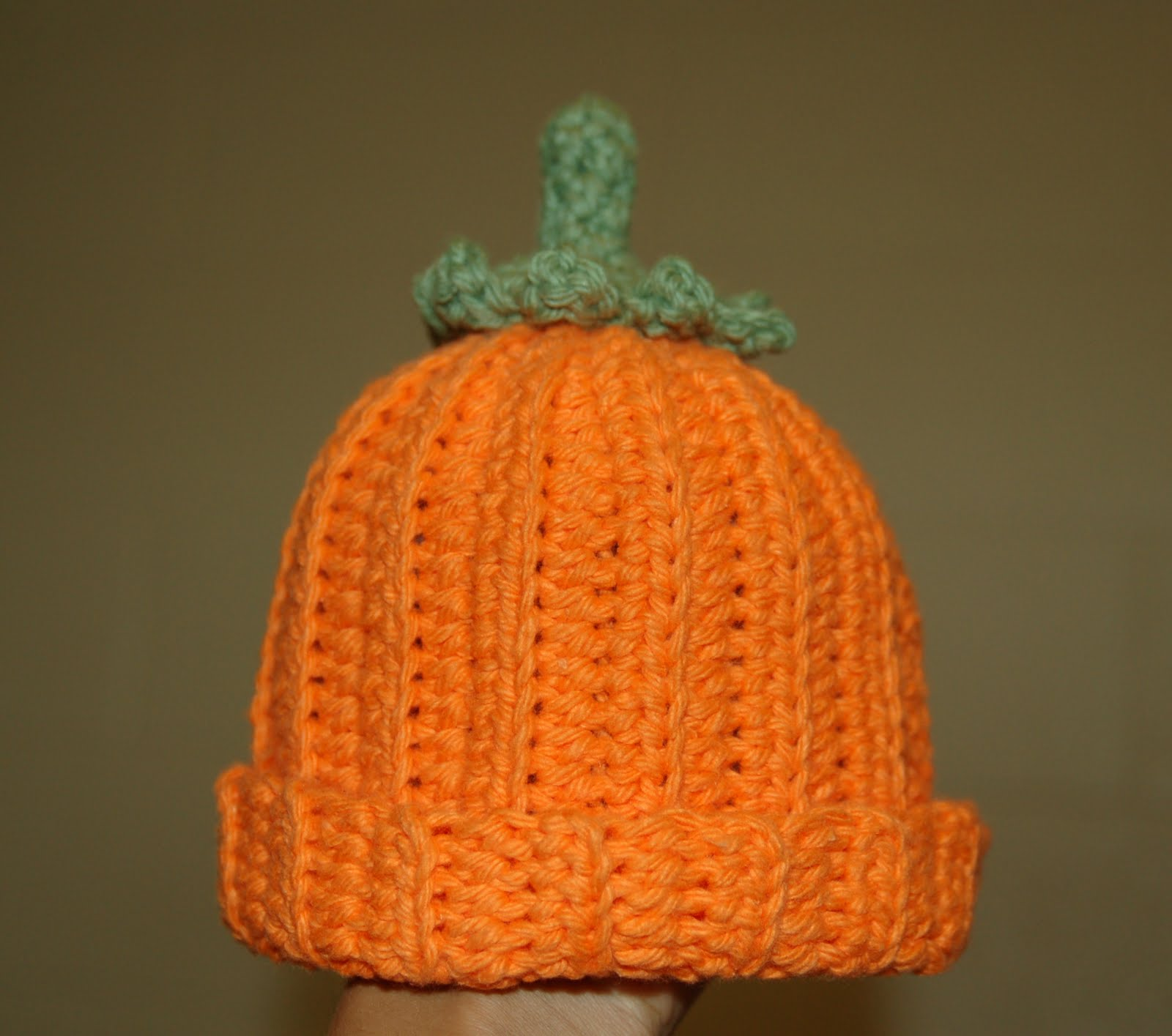 Free Pattern Crochet Pumpkin Hat : Living the Craft Life: Pumpkin Beanie - Free Pattern