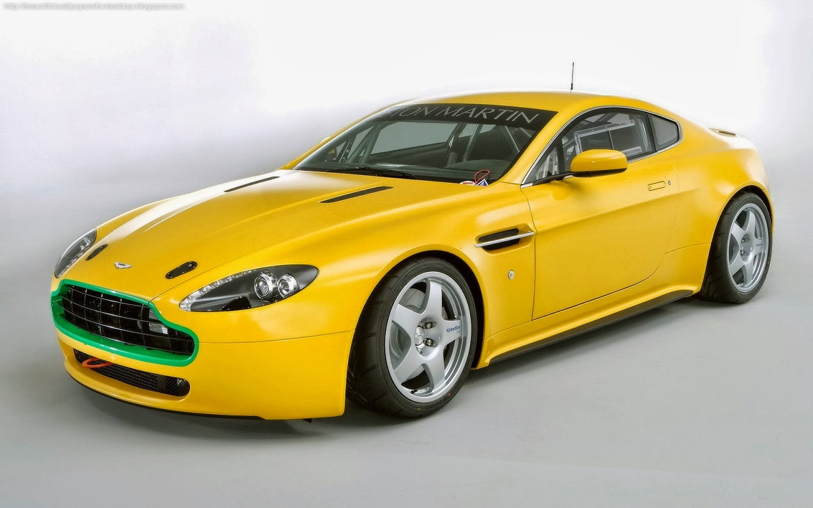 Beautiful Wallpapers: Beautiful Yellow Cars Wallpapers Desktop