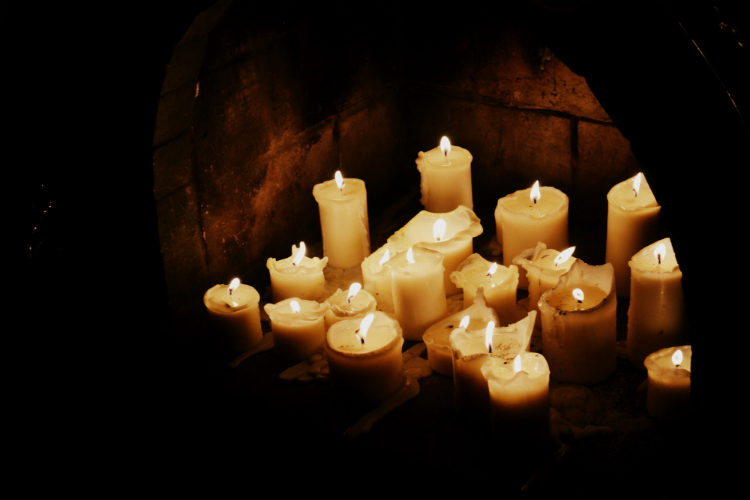 candles location romantic