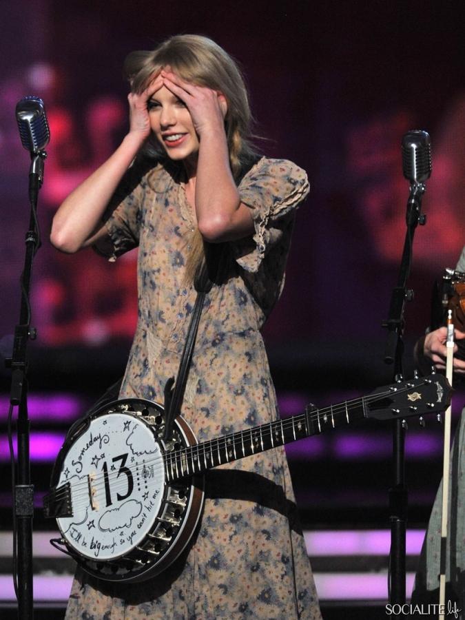 Taylor Swift Award Live 54th+Annual Grammy 12 Feb 2012