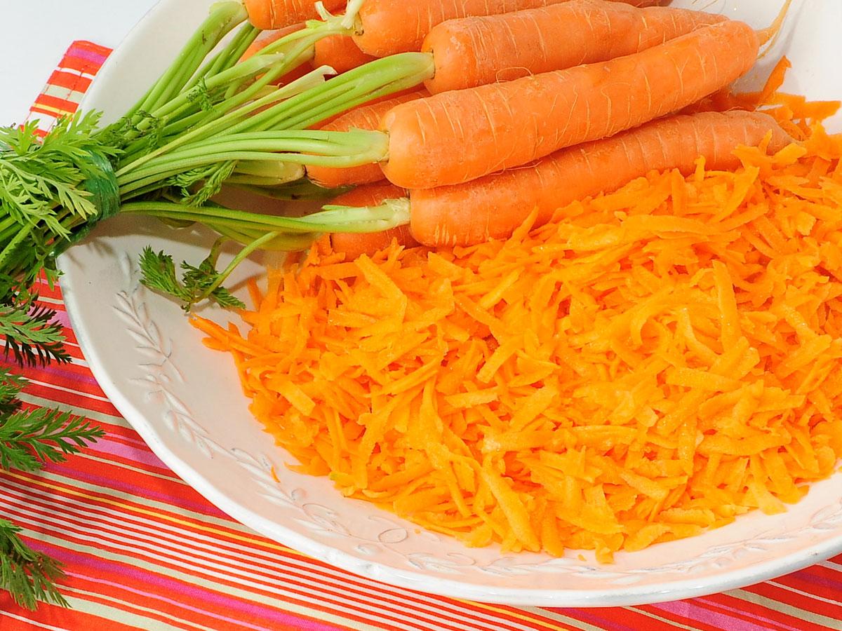 La zanahoria y sus beneficios - Ensalada de zanahorias ...