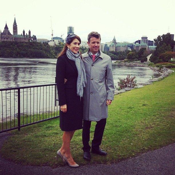 Aujourd'hui, le Prince Frederik et la Princesse Mary ont commencé leur voyage officiel au Canada.