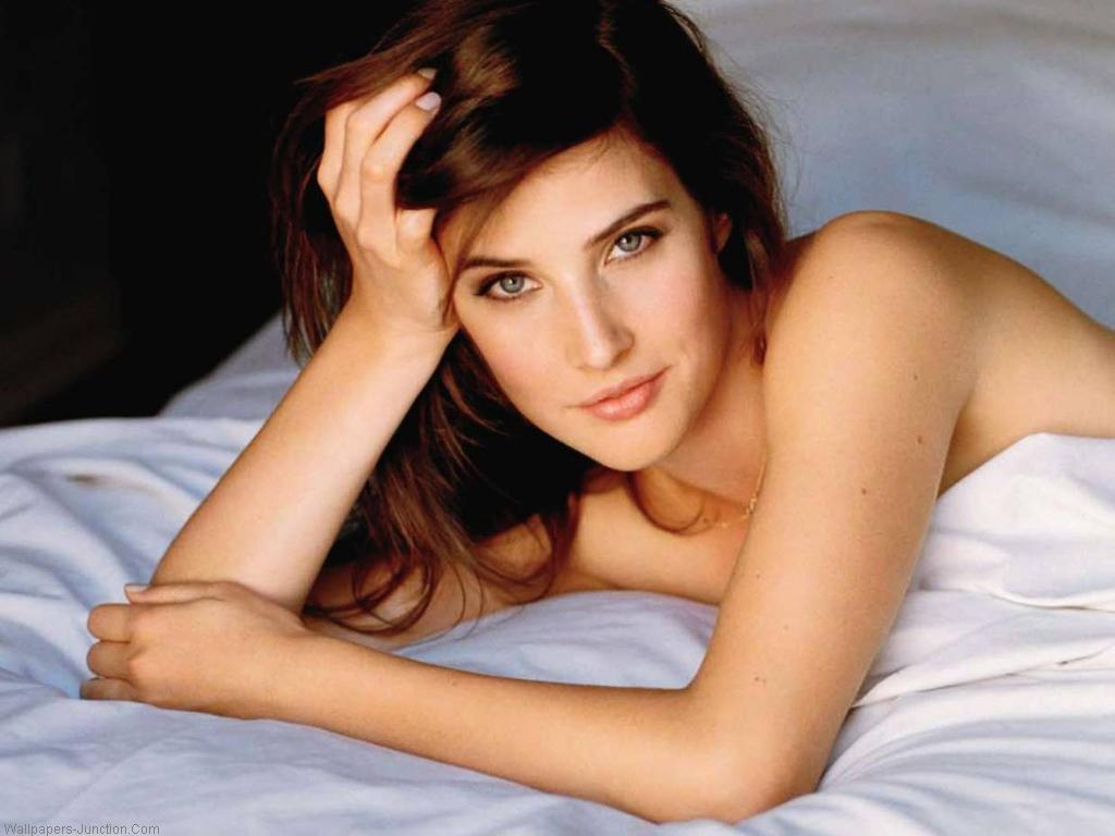 Latest Celebrity Photos: Cobie Smulders Jennifer Lawrence Imdb