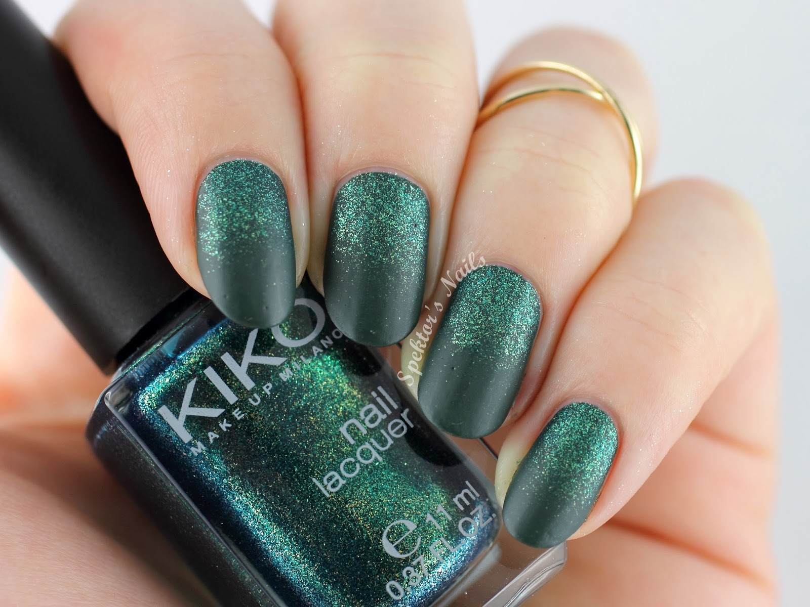 Green Glitter Gradient feat. KIKO 347 Dark Green 532 Pearly Amazon Green