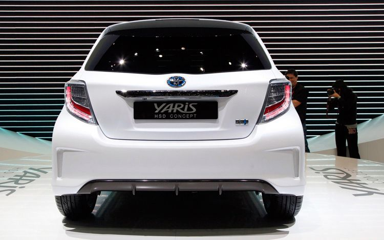 modified cars toyota yaris hsd concept. Black Bedroom Furniture Sets. Home Design Ideas