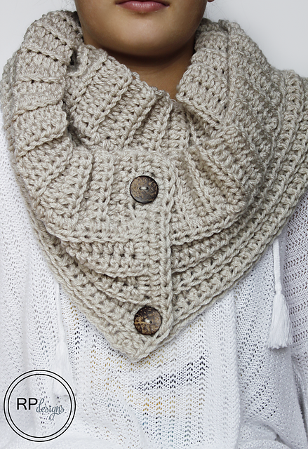free crochet pattern convertible button scarf