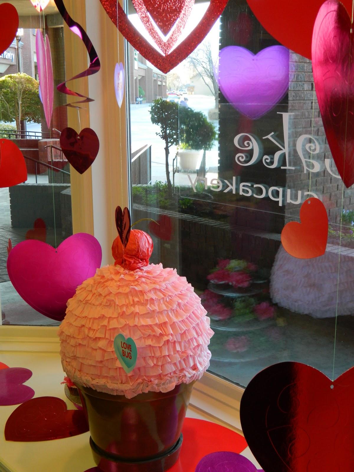 Cake By Distinctive Details   Cupcake Valentine Box