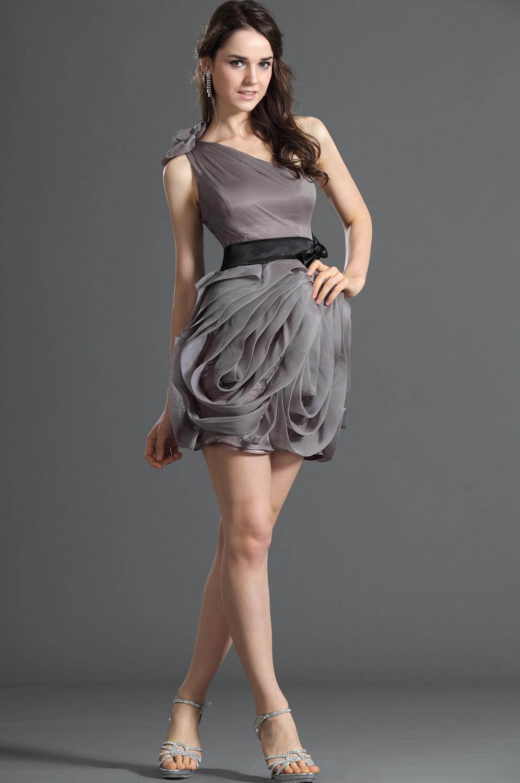 top robes blog robe de soiree courte sur mesure. Black Bedroom Furniture Sets. Home Design Ideas