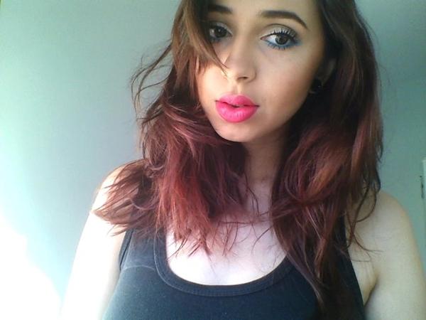Maquiagem colorida e novo corte de cabelo!