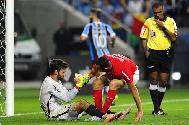 Inter pede desculpas por goleada sofrida no Gre-Nal e mira reação