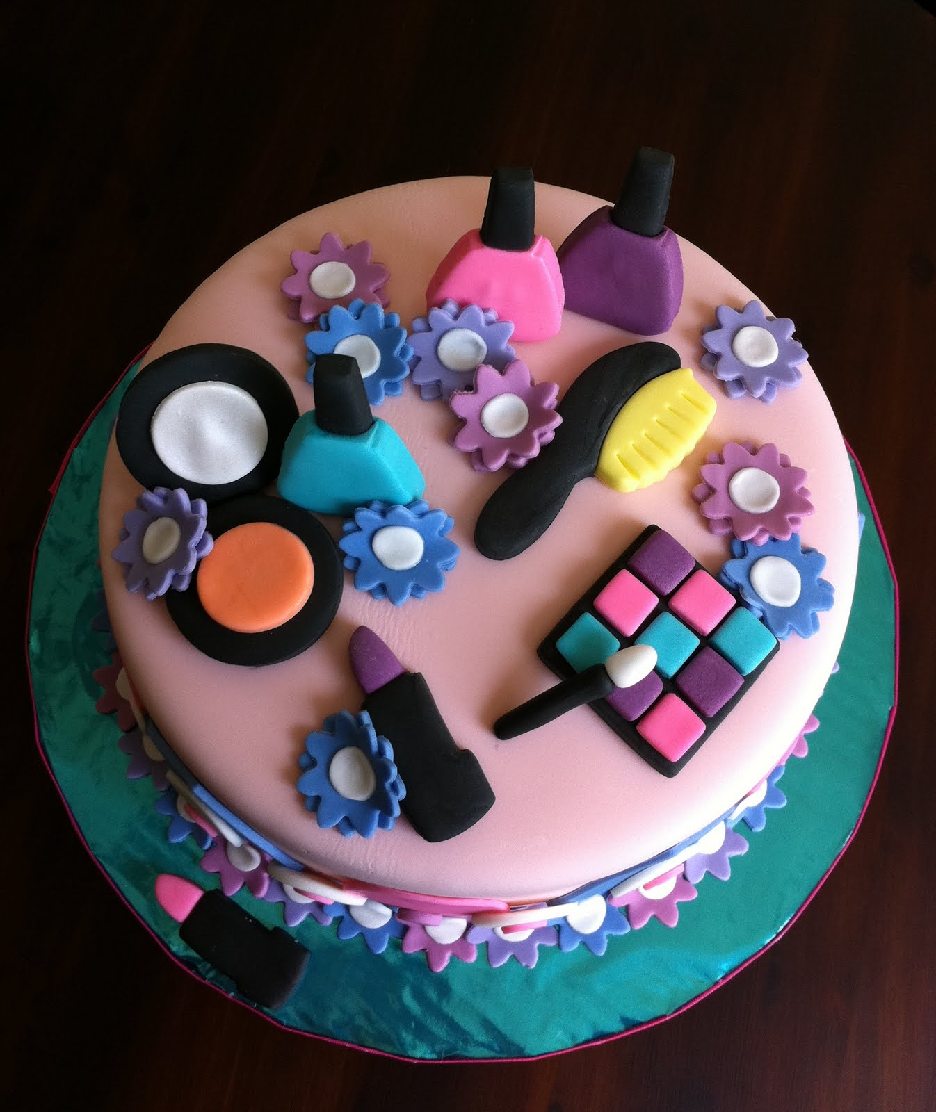 Spa Themed Cakes http://www.lapatisserierose.com/2011/02/spa-themed-birthday-cake.html