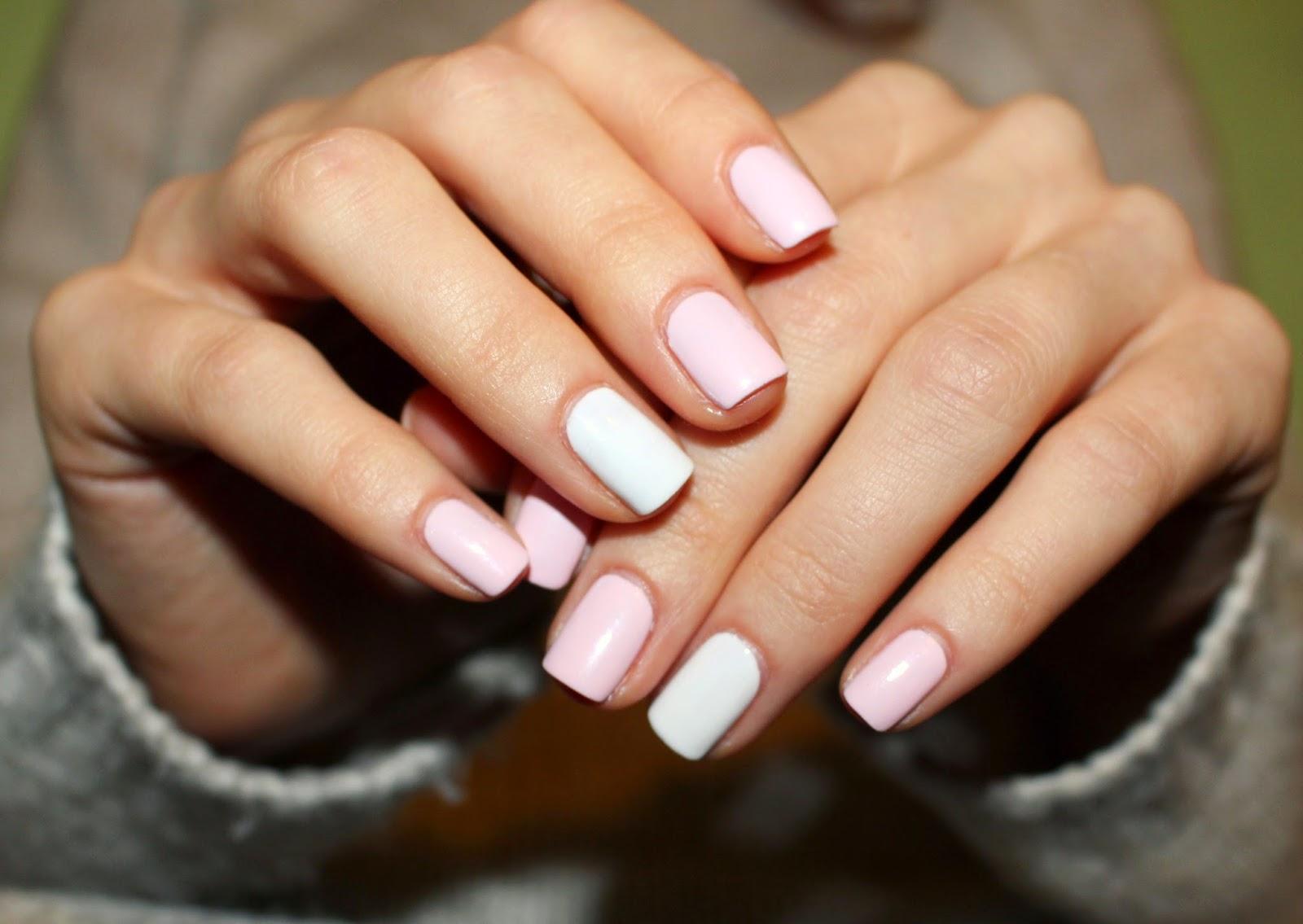 Manicure Time Paznokcie W Pastelach Minimalna