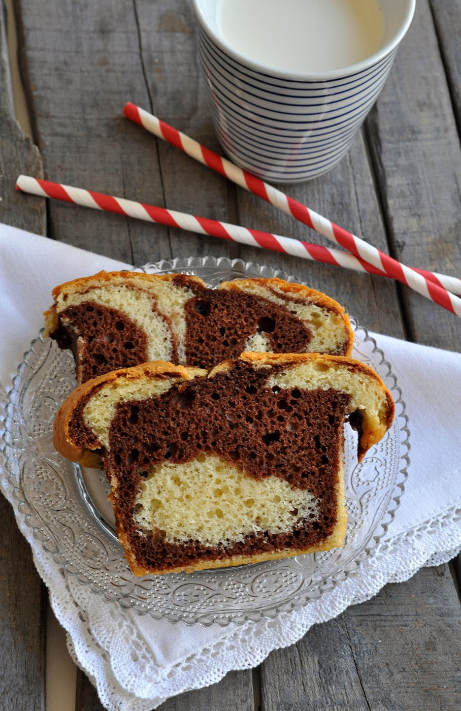 elodie 39 s bakery cake marbr ou zebra cake. Black Bedroom Furniture Sets. Home Design Ideas