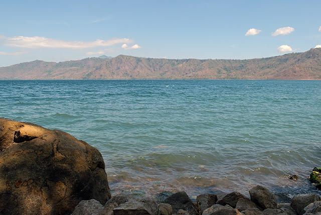 La lagune d'Apoyo