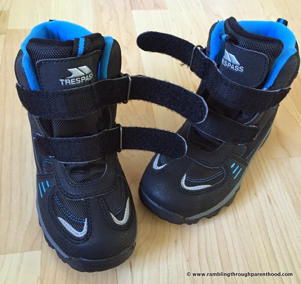 Double hook and loop straps  - Giz Gaz walking boots by Trespass