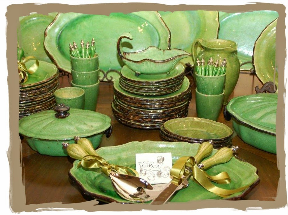 and invited us inside this particular seller only deals in vaisselle dinnerware his entire shop was floor to ceiling dishes dishes that you would - Faience Coloree Cuisine