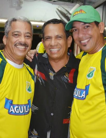 mao-melendez-edwin_guayacan_madera-danny-tinoco_la_troja_www.vamosenmovimiento.blogspot.com