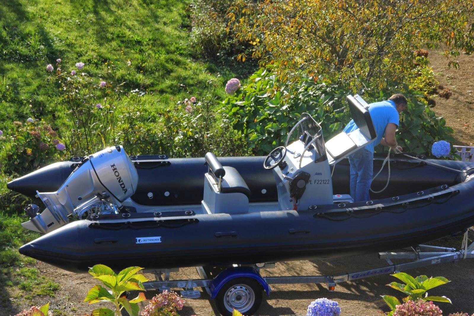 semi rigide, console haute moteur honda 60 ch, remorque mecanorem, pêche