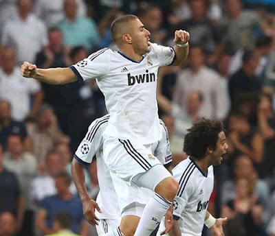 Karim Benzema celebrates his goal against Man.City