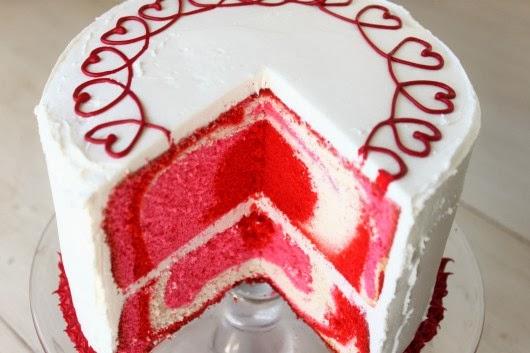 Lovely Heart Shaped Sheet Cake