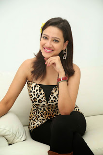 Actress Madalsa Sharma  Pictures at Ramleela 2015 Movie Interview  11.JPG